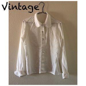 Vintage White Longsleeve Blouse w/Crochet Detail